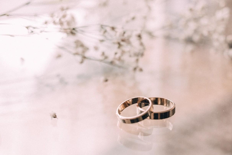Alasan Masuk Akal Mengapa Cincin Kawin Tidak Selalu Harus Dipakai