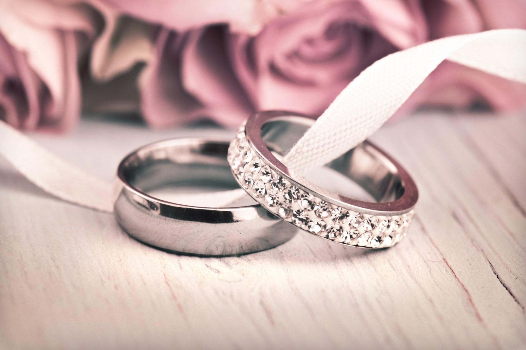 Berbagai Model Menarik Cincin Nikah yang Sesuai Karakter Anda