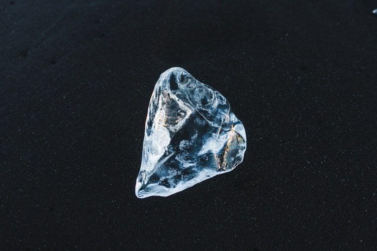 Cara Kerja Diamond Tester Menguji Keaslian Berlian