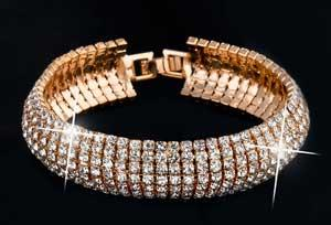 Mengenal 4 Bentuk Umum Dari Sebuah Perhiasan Gelang Emas