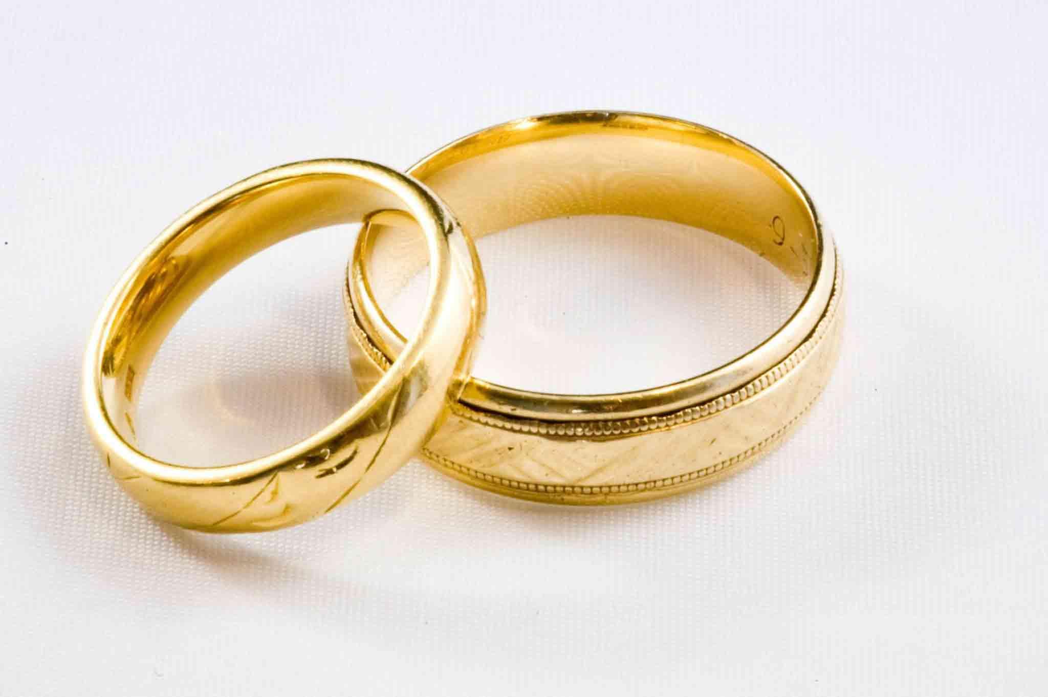 Perbedaan Jenis Emas Muda Dan Emas Tua Untuk Cincin Kawin