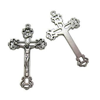 Perbedaan Simbol Cross dan Crucifix