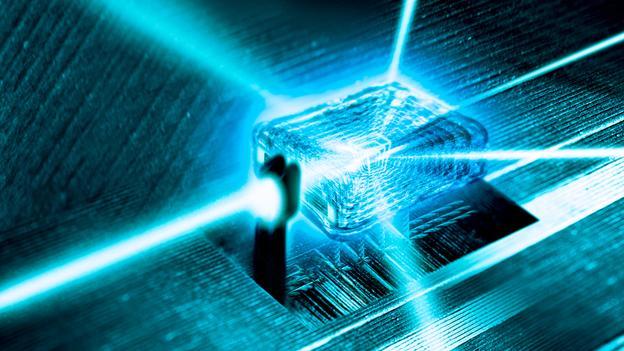 Wow,  Ternyata Berlian Bisa Dijadikan Baterai Untuk Smartphone Dan Tahan Hingga 10.000 Tahun!